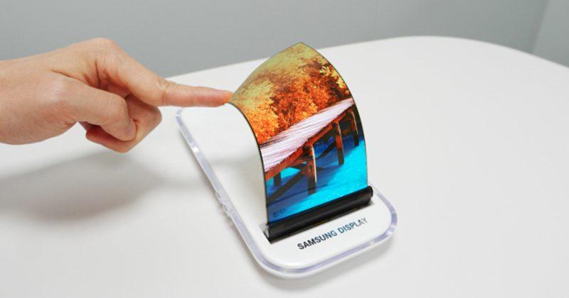 Samsung display che si piega